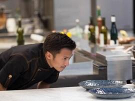 谢霆锋庆36岁生日 为他亲手做蛋糕的却不是王菲