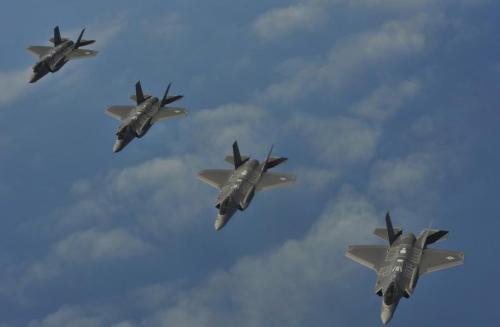 F-35逼疯程序员?专家:战机太强调隐身麻烦多