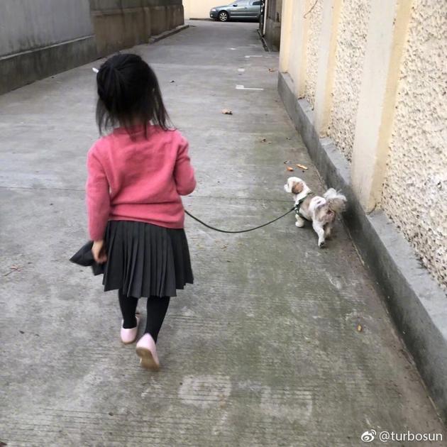 孙俪女儿小花