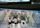 实拍:女子卷入电梯身亡 最后时刻托起同行幼童