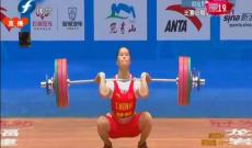 多年磨炼 冷酷邓薇盼奥运金牌