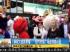 纽约时报广场两吉祥物斗殴