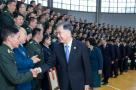 汪洋慰问广西军区和驻桂部队官兵代表、武警广西总队官兵代表并会见政法系统代表