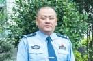 """他是""""全省优秀共产党员""""、全国""""人民满意的公务员"""",他叫杨春"""