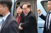香港前特首曾荫权罪名成立周三判刑