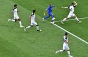 库鸟内马尔补时两连击 巴西2-0哥斯达黎加