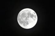 今年中秋月25日上午最圆,十五的月亮为何十六圆?
