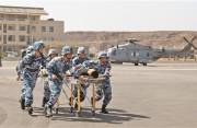 我驻吉布提保障基地与欧盟465编队开展联合救援演练