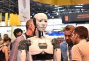 法国第三届创新科技展在巴黎举办