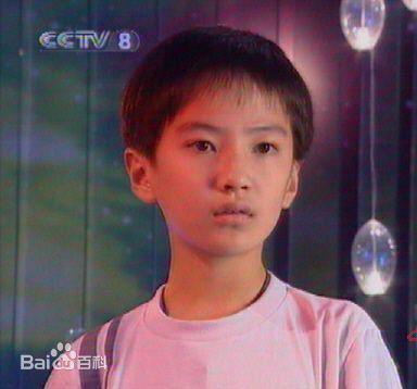吴磊蒋依依吻戏被扒 昔日童星现状天壤之别原因揭秘
