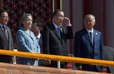 日本批评追击潘基文出席阅兵