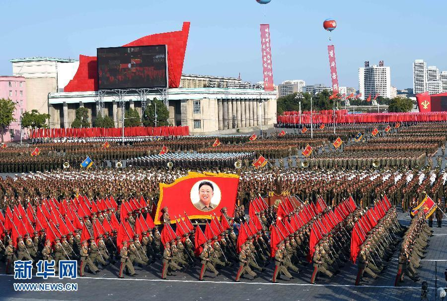 朝鲜阅兵RGP火箭筒方队气势猛