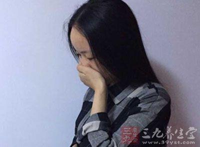 很多人患上感冒咳嗽以后,都会采用吃药打针的治疗方式