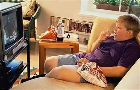 经常看电视与少看电视的孩子 差别竟然这么大