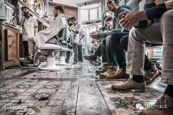 复古理发店设计图展示