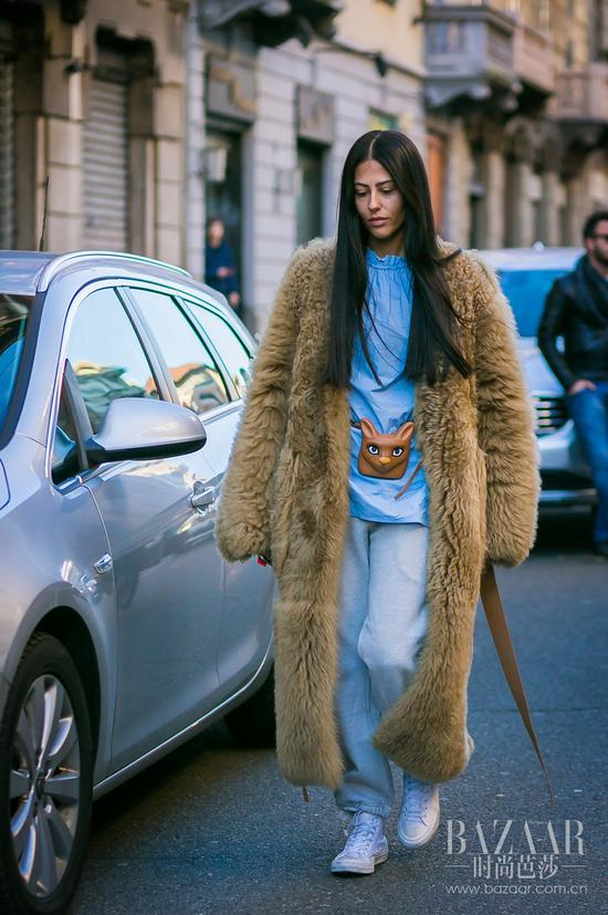 Gilda-Ambrosio-by-STYLEDUMONDE-Street-Style-Fashion-Photography0E2A3951-700x1052@2x