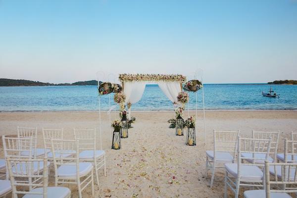苏梅阿玛瑞度假酒店海岛婚礼
