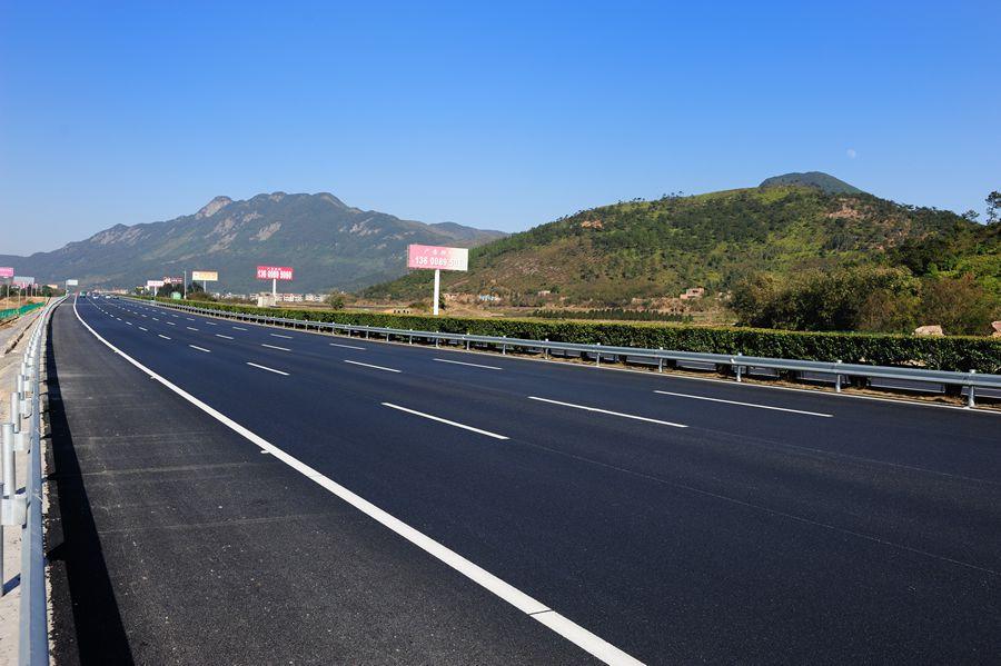 福建省高速公路广告经营管理现状分析及发展前瞻浅探