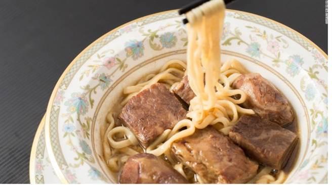 台湾最贵牛肉面要价一万元 客流仍不断引外媒关注