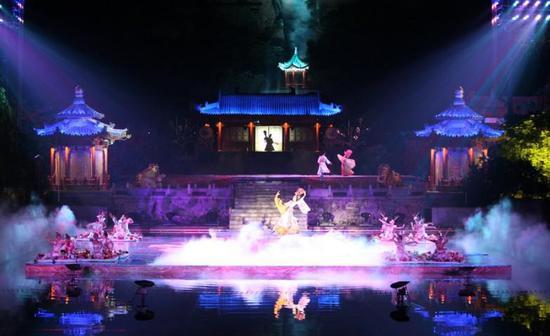 四川卫视跨年演唱会 绚丽烟火即将点亮都江堰