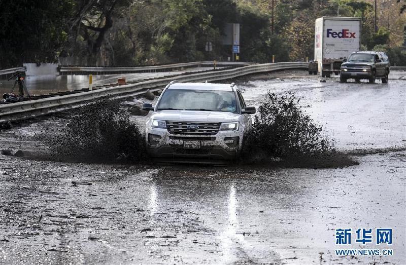 (国际)(4)美国加州发生泥石流至少13人死亡