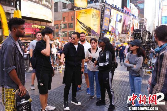 《唐人街探案2》在美国纽约拍摄情景。受访者提供