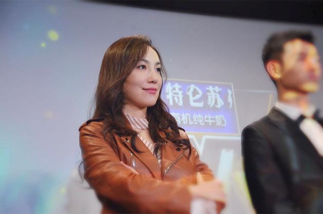 女高音歌唱家陈小朵