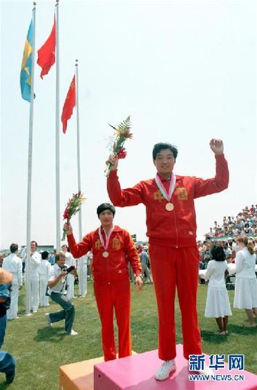 (改革先锋风采·图文互动)(1)展现团结一致的拼搏精神——记我国首位奥运冠军许海峰