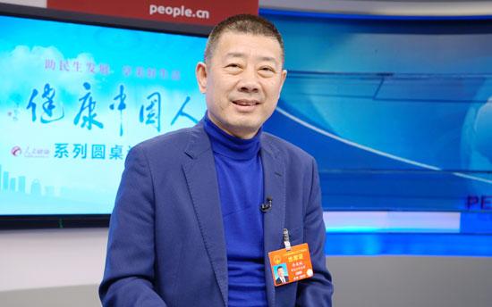 全国人大代表、黑龙江飞鹤乳业董事长冷友斌