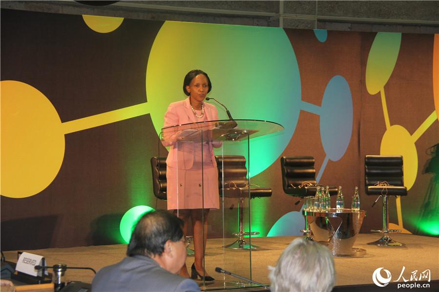 联合国环境署代理执行主任乔伊斯·姆苏亚在论坛开幕式致辞。 万宇摄