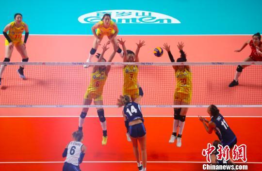 世界女排联赛总决赛中国队3:1力克意大利队挺进半决赛