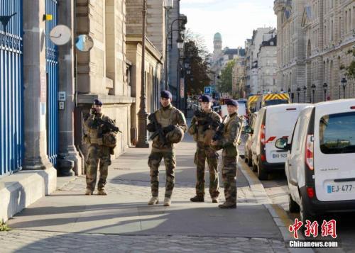职场纠纷而非恐袭?巴黎警察总部持刀袭击案致4死