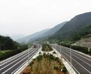 沈海复线宁连段年底通车 福州到宁德增高速通道