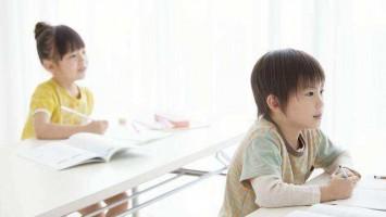 中国儿童发展报告:六成儿童参与课外班 每年近万元