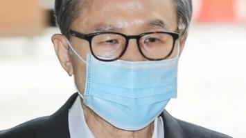 78岁韩国前总统李明博终审获刑17年