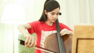 朗朗15岁师妹走红网络 现身北大受热捧