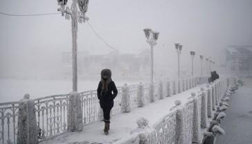 揭秘世界极寒之地:俄小镇奥伊米亚康
