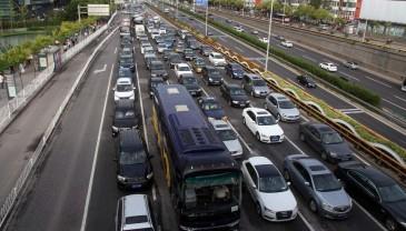 春节假期前三天全国道路交通秩序良好