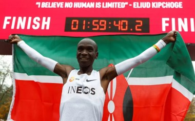 他的马拉松成绩突破人类极限,为何官方不认可?