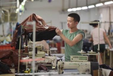 福建石狮:传统纺织服装产业保持增长势头