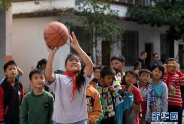 广西都安:最美的是学校