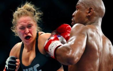 揭秘性感霸道UFC女王 64秒KO三人完爆梅威瑟