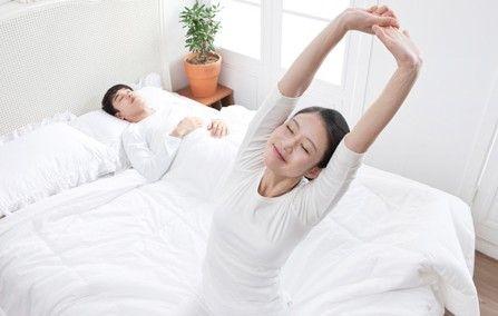 """""""赖床族""""的床上健身方法"""
