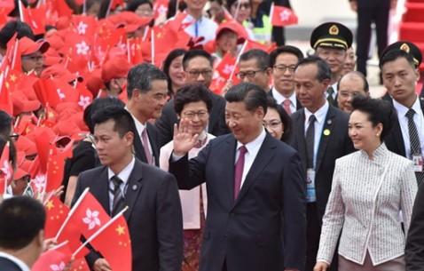 中共中央总书记、国家主席、中央军委主席习近平抵达香港
