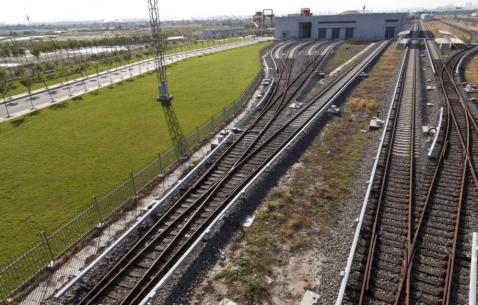 天津开展铁路沿线环境综合整治