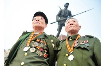 国共两党抗战老兵将乘车受阅 老兵平均年龄90岁