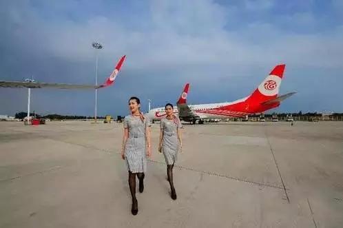 这是福州航空公司首次开通福州至南宁往返航班