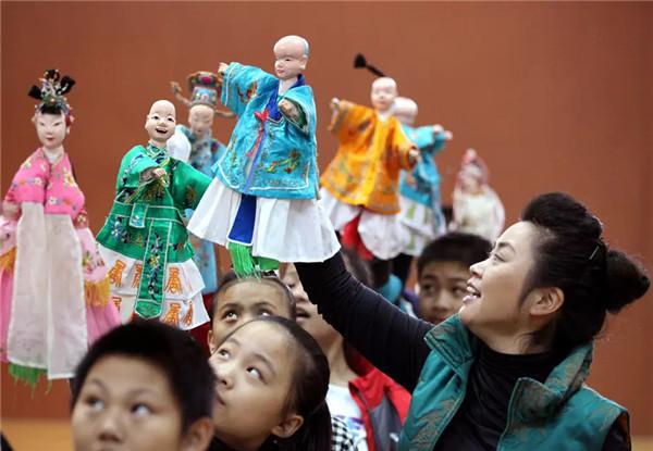 【文化遗产在福建】漳州布袋木偶戏:方寸小舞台,指掌大乾坤