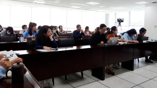 集团总编室举办中国视听大数据观摩学习会