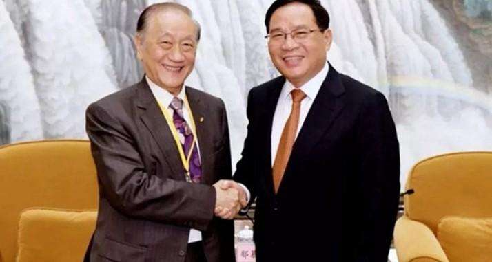 上海市委书记李强会见由郁慕明率领的台湾各界人士代表团